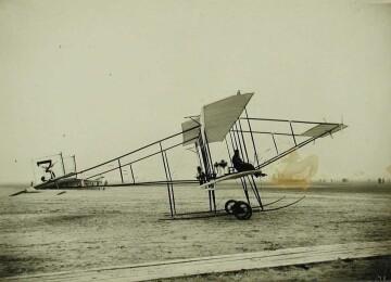 Первые аэропланы в России