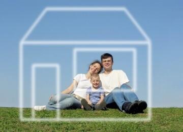 Как купить квартиру молодой семье — острый жилищный вопрос