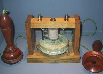 Кто изобрёл телефон