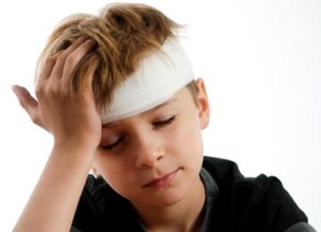Сотрясение мозга у ребенка – симптомы, первая помощь, лечение