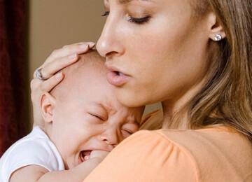 Можно ли оставлять плакать ребенка?
