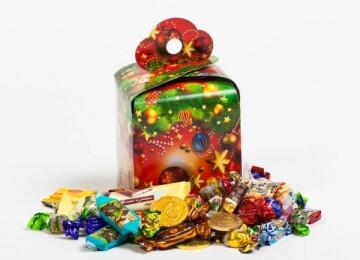 Как делают сладкие новогодние подарки