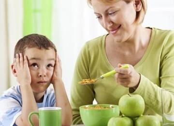 3 ошибки родителей при попытках накормить малыша