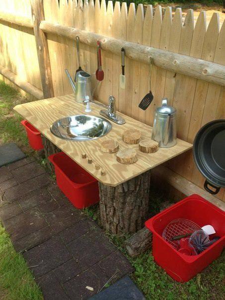 20-Mud-Kitchen-Ideas-for-Kids-Garden-Ideas-1001-Gardens.jpg