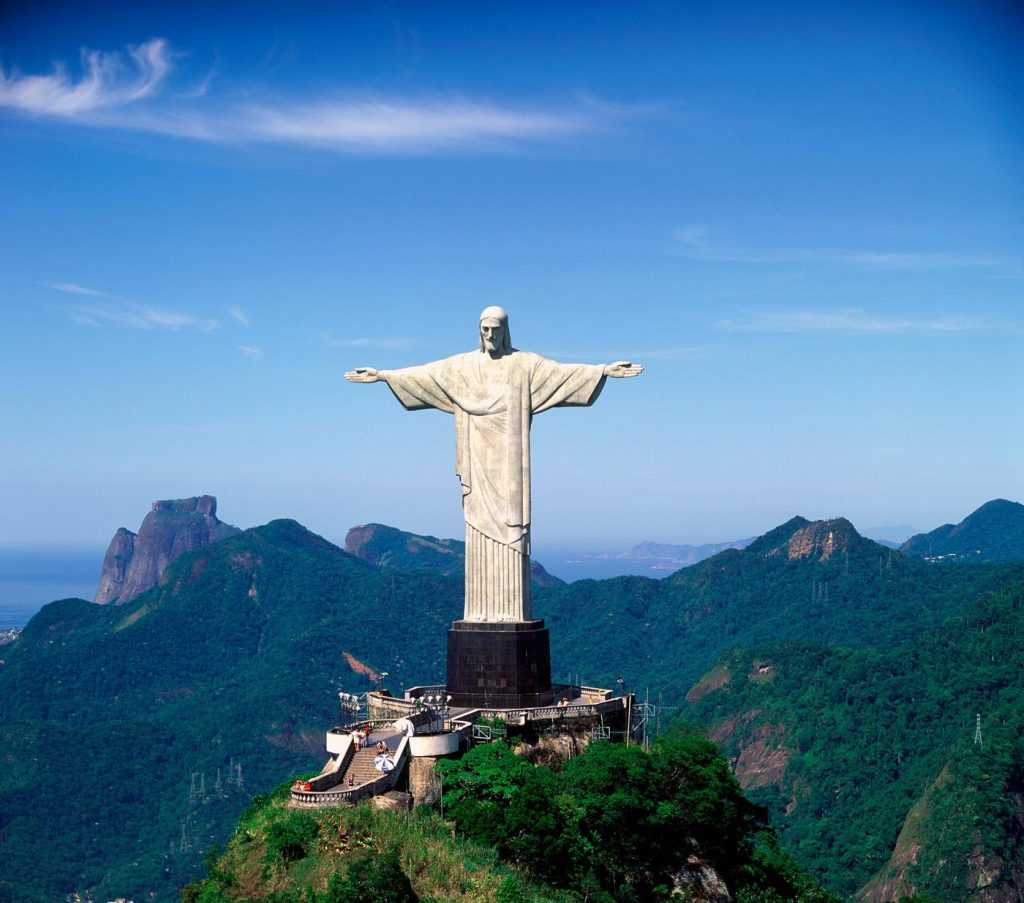 Памятник-символ Бразилии