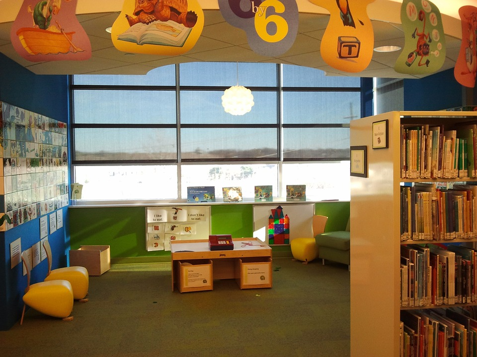 childrens-library-1008229_960_720.jpg