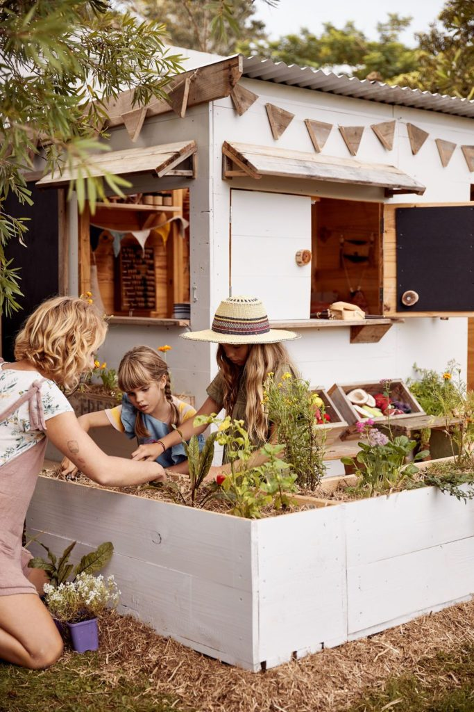 Eco-and-organic-handmade-cubby-houses-by-Castle-Cubby-1.jpg