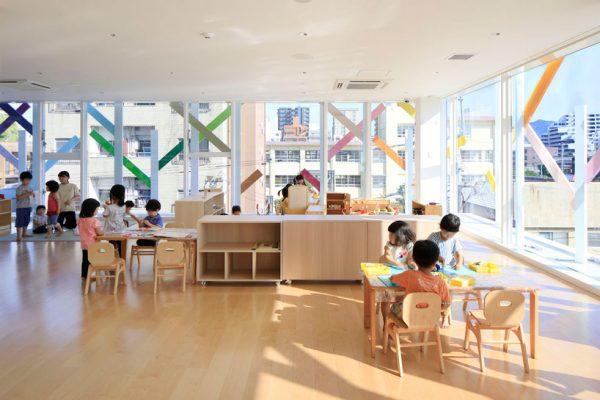 emmanuelle-moureaux-creche-ropponmatsu-kindergarten-japan-designboom-6-600x400.jpg