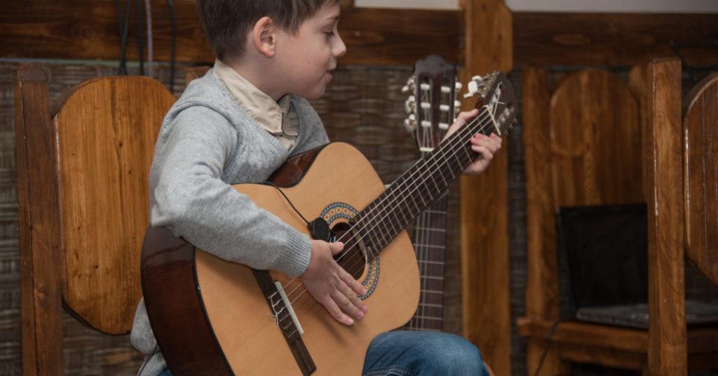 -гитара16-1050x550.jpg