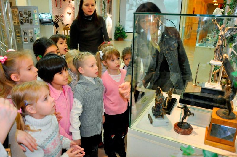 jekskursii-v-muzej.jpg