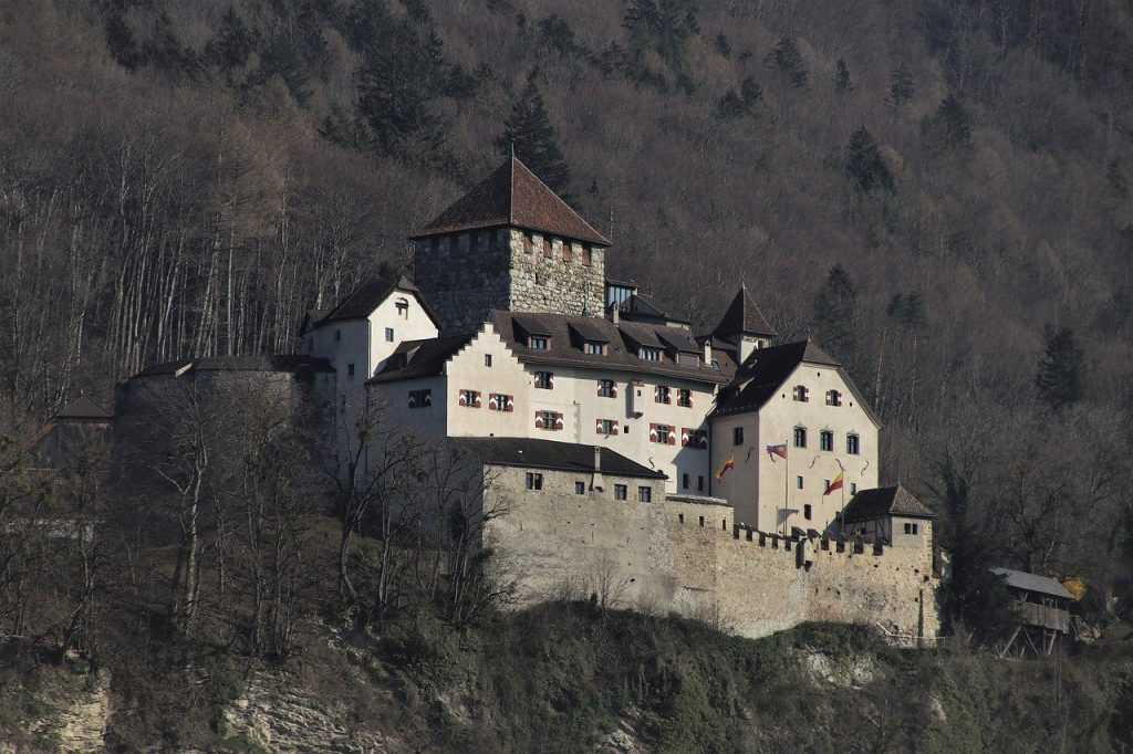 Где находится Лихтенштейн