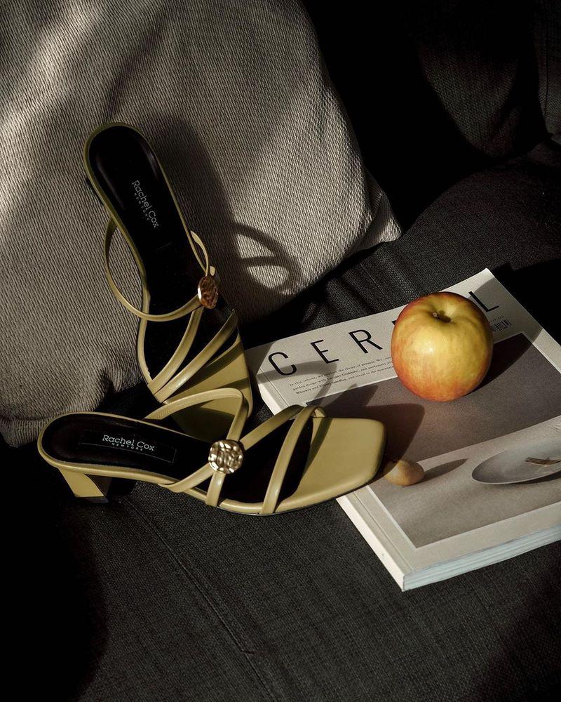 modnaya-obuv-vesna-leto-27.jpg