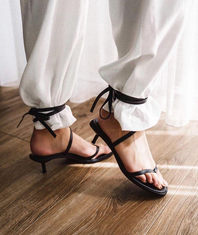 modnaya-obuv-vesna-leto-40.jpg