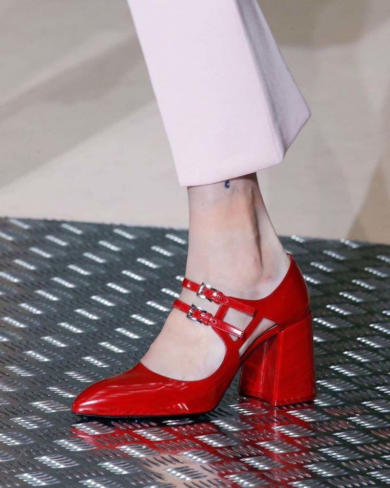 modnaya-obuv-vesna-leto-65.jpg