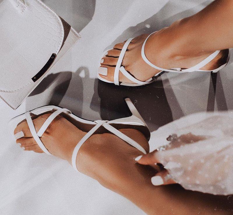 modnaya-obuv-vesna-leto-79.jpg