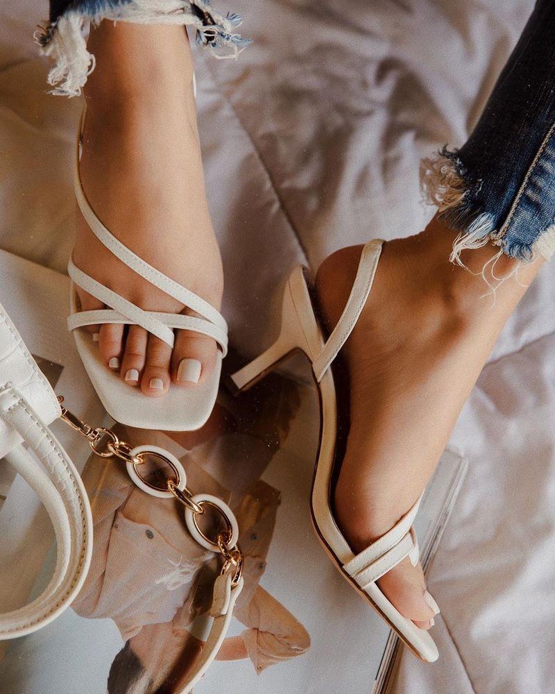 modnaya-obuv-vesna-leto-80.jpg