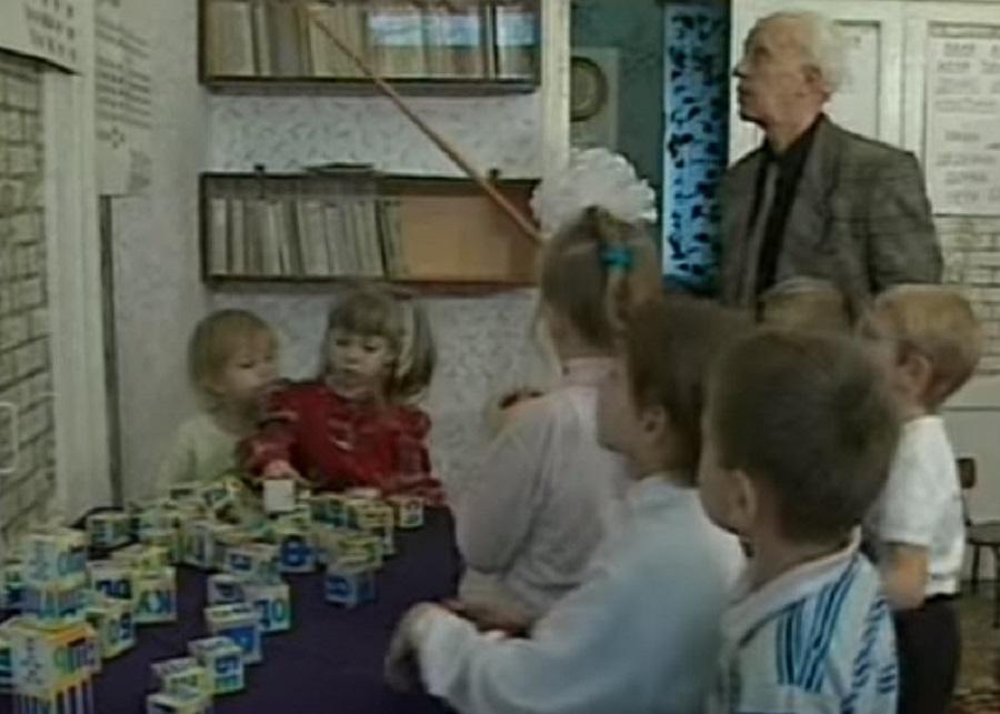 -научить-ребёнка-читать-по-слогам-в-домашних-условиях-методика-Зайцева.jpg