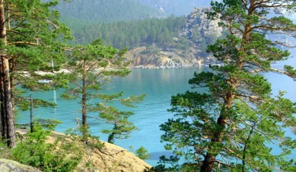 -озеро-Байкал-Баргузинский-заповедник-Бурятия-Россия.jpg