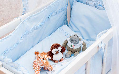 razmery-detskogo-postelnogo-belya-krovatka-nkrivko-500x310.jpg