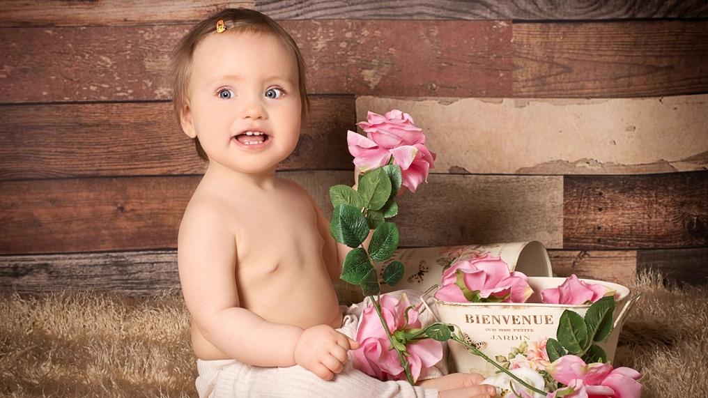 Roses_Infants_Little_478920_1920x1200.jpg