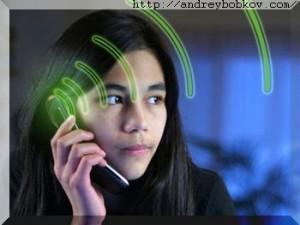 telefon_vliyaet-_na_golovnoi_mozg-300x225.jpg
