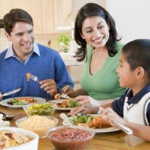 the-family-eats.jpg
