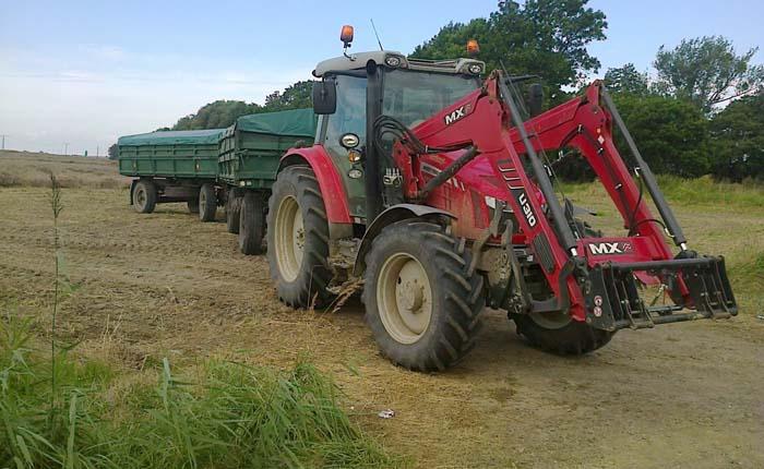 traktorist-na-pole-848-967-25.jpg
