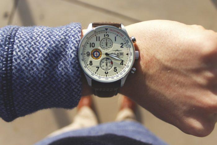watch_watches_luxury_time_timepiece_avi_8-1205190-700x467.jpg
