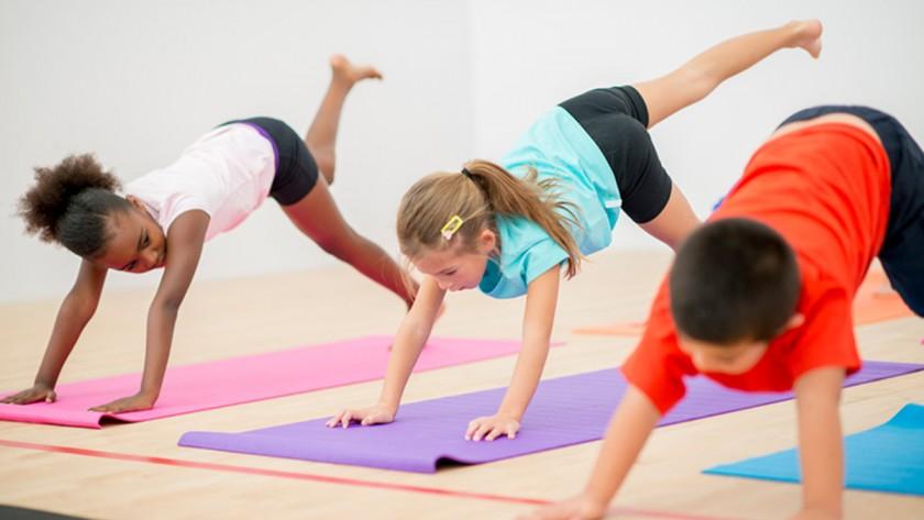 Yoga-dlya-detey-1.jpeg